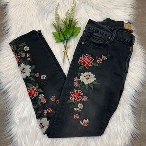 Driftwood Jackie Skinny Jeans Embroidered Floral